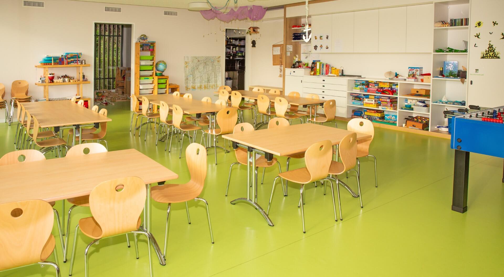 Sitzmöglichkeiten der Kiwi Kindertagesstaette in Wiesendangen